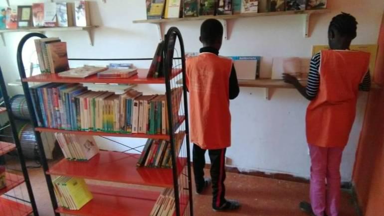 Arrivati i primi libri per la BiblioUp